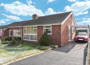 2 bed bungalow for sale in Mewburn Road, Banbury OX16