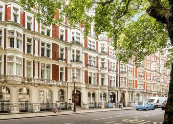 Thumbnail 3 bed flat for sale in Great Russell Street, London