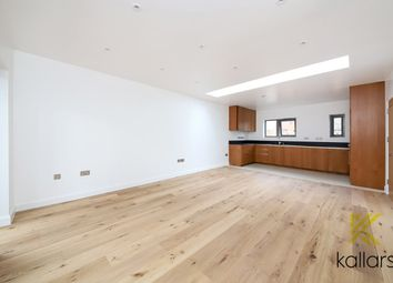 2 bed property for sale in Malpas Road, Brockley, London SE4