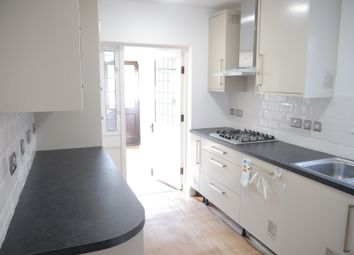 Thumbnail 5 bed terraced house to rent in Culver Lane, Reading, Berkshire