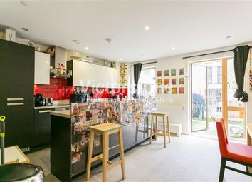 Thumbnail 4 bed town house to rent in Laburnum Street, Haggerston, London
