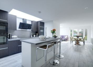 Thumbnail 4 bed terraced house to rent in Chaucer Road, Acton