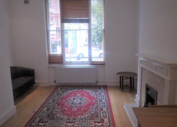 Thumbnail 1 bed flat to rent in Kempsford Gardens, Earl's Court