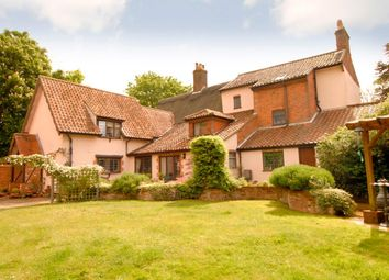 Thumbnail 6 bed detached house for sale in School Road, Lingwood, Norwich