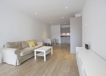 Thumbnail 2 bed flat to rent in Bessemer Place, London