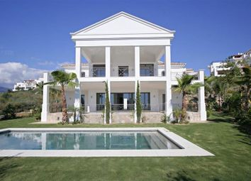Thumbnail 4 bed villa for sale in Benahavís, Andalusia, Spain