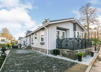 2 bed mobile/park home for sale in Dunnikier Park, Kirkcaldy KY1