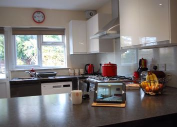 Thumbnail Room to rent in Thames Close, Farnborough