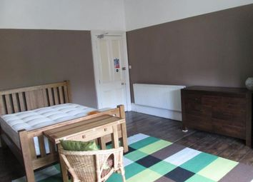 Room to rent in Hyndland Road, Glasgow G12