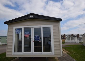 2 bed property for sale in Eastbourne Road, Pevensey Bay, Pevensey BN24