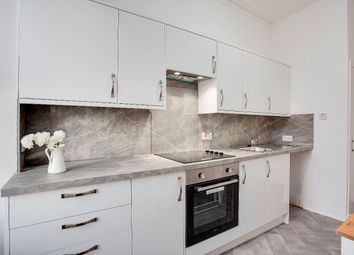 Thumbnail 1 bed flat for sale in 128E Logie Street, Dundee