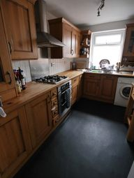 Thumbnail 4 bed flat to rent in Market Place, Howden, Goole