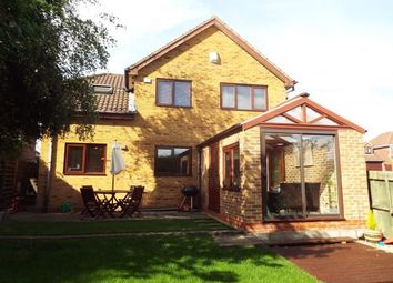 Thumbnail 3 bed detached house to rent in Felstead Close, Dosthill, Tamworth