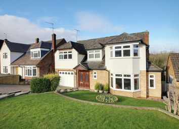 Thumbnail 5 bed detached house for sale in Warwick Avenue, Cuffley, Potters Bar