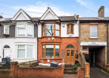 Thumbnail 6 bedroom terraced house for sale in Chigwell Road, London