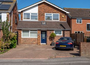 Thumbnail 4 bed detached house to rent in Kingsham Avenue, Chichester