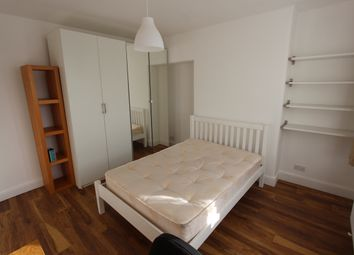 Thumbnail 1 bed flat to rent in Old Kent Road, London