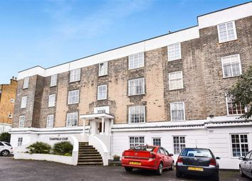 Thumbnail 2 bed flat to rent in Kings Avenue, Clapham