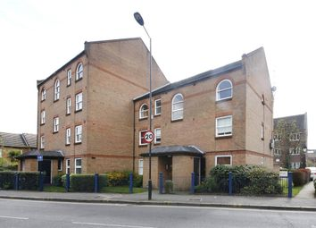 Thumbnail 1 bedroom flat to rent in Victoria Park Road, Victoria Park, London