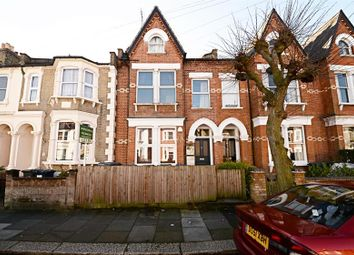 Thumbnail 2 bedroom flat for sale in Lincoln Road, East Finchley, London