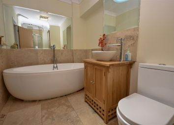 Thumbnail 4 bed property for sale in Leighton Road, Wing, Leighton Buzzard