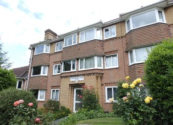 Thumbnail 2 bedroom flat to rent in South Bank, Surbiton