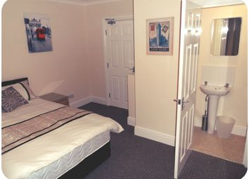 Thumbnail 5 bed shared accommodation to rent in Lockwood Road, Wheatley, Doncaster
