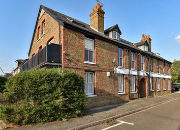 Thumbnail 2 bed flat to rent in Ye Meads, Taplow