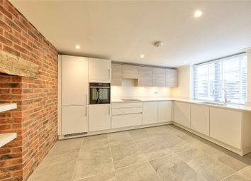 5 bed terraced house to rent in High Street, Hampton Wick, Kingston Upon Thames KT1