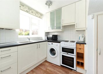 1 bed property to rent in Ashdown Way, London SW17