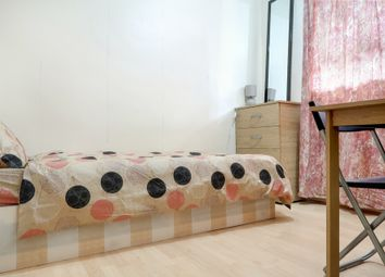 Thumbnail 5 bed shared accommodation to rent in Wapping, London