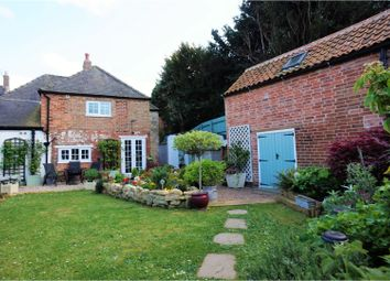 Thumbnail 2 bed detached house for sale in High Street, Leadenham