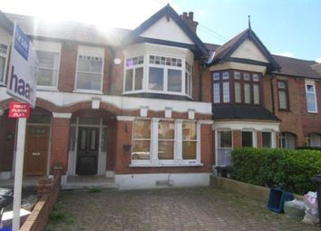 Thumbnail 2 bed flat to rent in Queens Road, Loughton, Essex