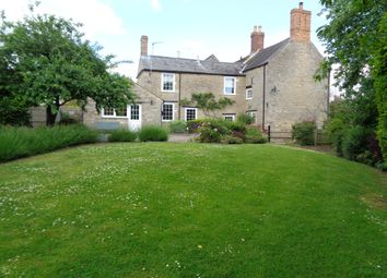 Thumbnail 4 bed cottage to rent in 7 Stoke Hill, Oundle