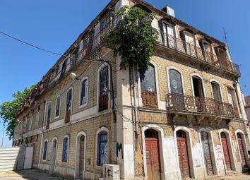 Thumbnail Block of flats for sale in Barreiro E Lavradio, Barreiro, Setúbal