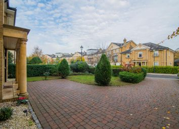 5 bed detached house to rent in Wyatt Drive, Barnes SW13
