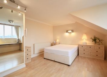 Thumbnail 1 bed flat for sale in Beverley Mews, Three Bridges