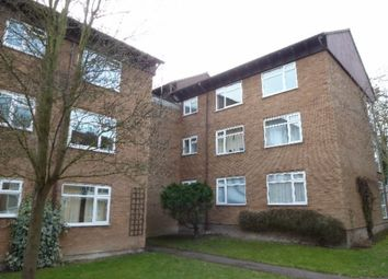 Thumbnail 2 bed flat to rent in Hills Avenue, Cambridge