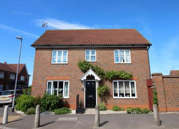 3 bed link-detached house for sale in Love Lane, Aveley, South Ockendon RM15