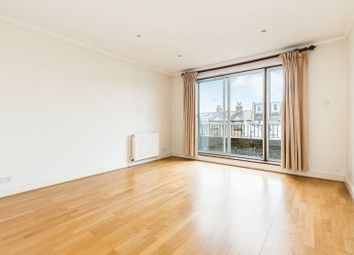 2 bed maisonette to rent in Raynham Road, London W6
