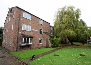 Thumbnail 2 bed flat for sale in Beachborough Road, Bromley