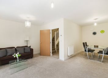 3 bed maisonette to rent in Fisher Close, Canada Water SE16