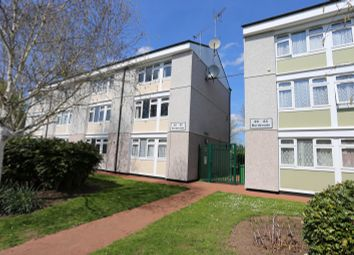 Thumbnail 3 bed maisonette for sale in Borderside, Slough