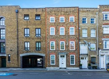 2 bed maisonette for sale in Narrow Street, Limehouse, London E14