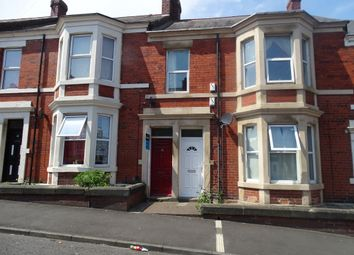 Thumbnail 3 bedroom flat to rent in Wingrove Gardens, Fenham, Newcastle Upon Tyne