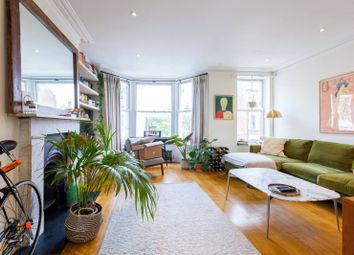 3 bed maisonette for sale in Calabria Road, Islington, London N5