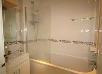 Thumbnail 2 bed flat to rent in Chalfont Station Road, Little Chalfont, Amersham