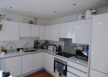 Thumbnail 2 bed flat to rent in Bellville House, Greenwich