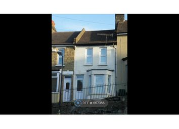 3 bed terraced house to rent in Magpie Hall Road, Chatham ME4