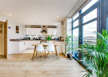 Thumbnail 2 bed flat to rent in Lochinvar Street, London